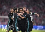 25.04.2018, Fussball UEFA Champions League 2017/2018, Halbfinale Hinspiel, FC Bayern München - Real Madrid, in der Allianzarena München. Marcelo (mitte, Real Madrid) Torjubel. mit Sergio Ramos (Real Madrid) und Lucas Vazquez (Real Madrid).